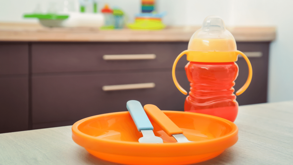 tips membersihkan peralatan bayi